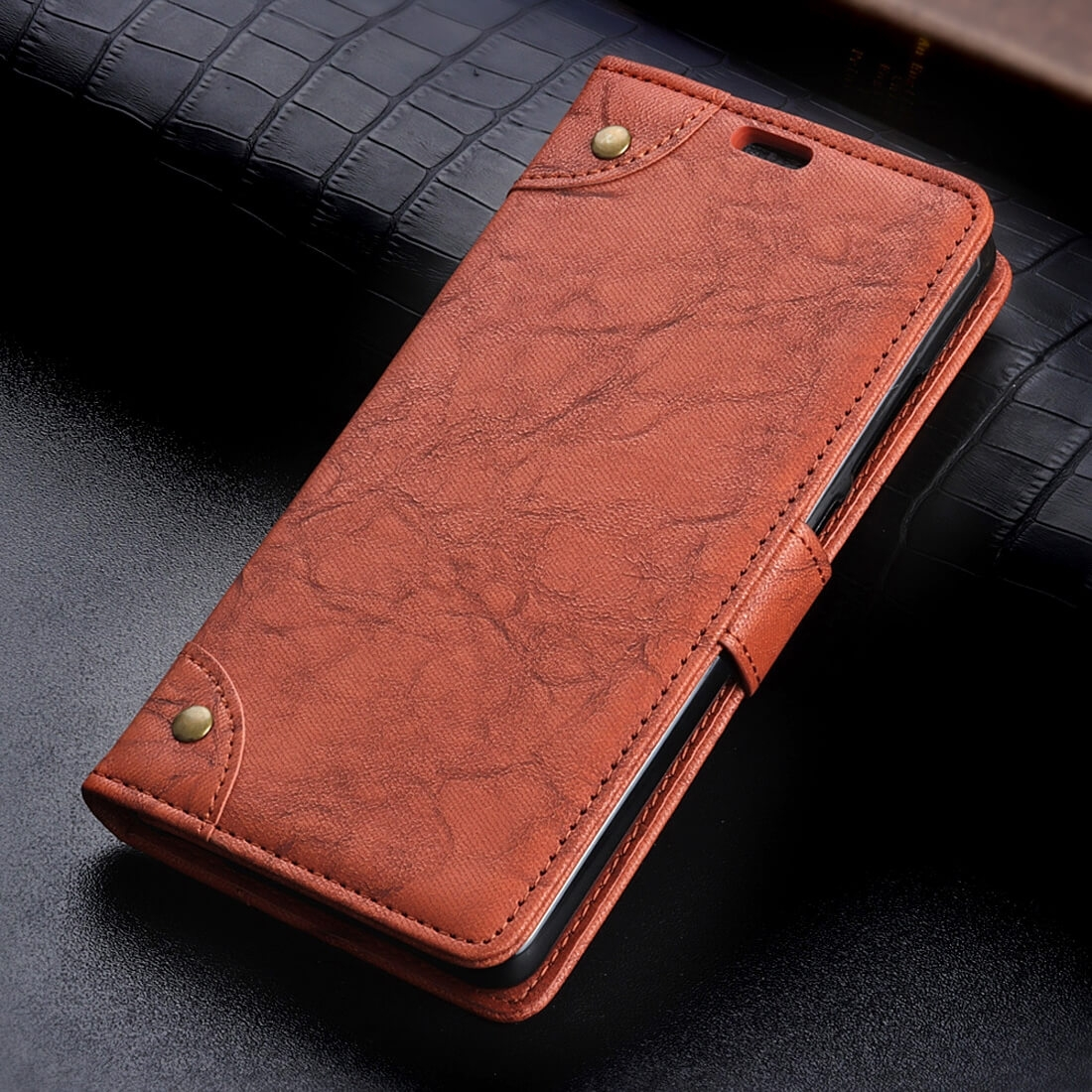 FORCELL PRESTIGE Peňaženkový obal Motorola Moto E5 hnedý
